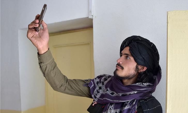 Фото №1 - Как социальные сети помогли талибам взять под контроль Афганистан