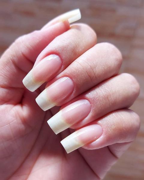 Фото №4 - Почему желтеют ногти и как вернуть им здоровый цвет