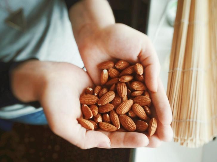 Нужно ли перед едой замачивать орехи