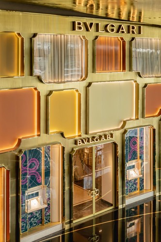 Фото №5 - Новый бутик Bvlgari в Бангкоке по проекту MVRDV