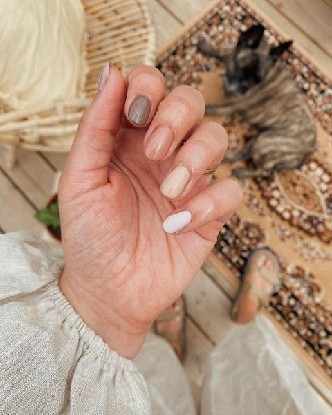Фото №2 - Маникюр с эффектом омбре: как модно носить градиент на ногтях 💅