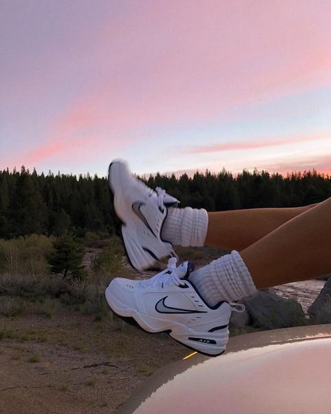 Фото №1 - Самые классные и удобные летние кроссовки, в которых тебе не будет жарко