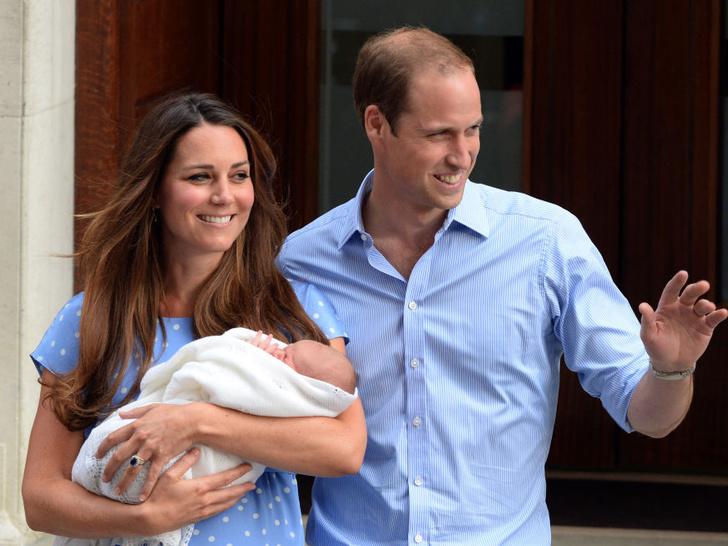 Фото №1 - Королевская традиция, которую нарушила Кейт при рождении принца Джорджа