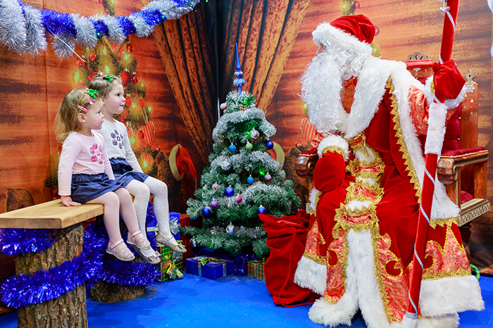 Фото №1 - Дом Деда Мороза от Mothercare