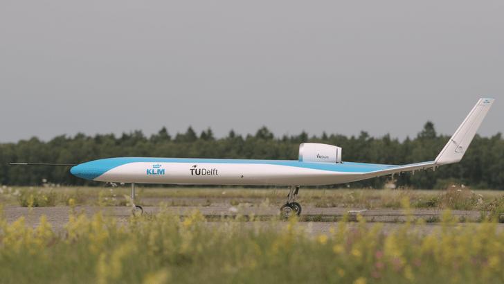 Фото №4 - Самолет с местами для пассажиров в крыльях успешно совершил первый полет