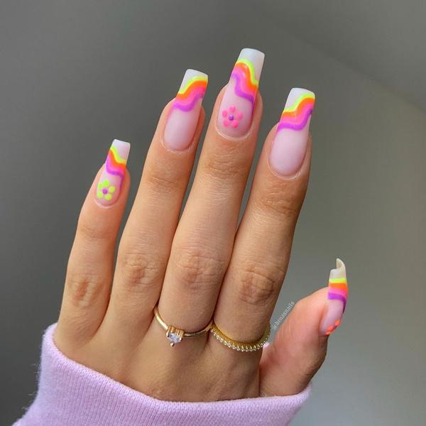 Фото №7 - Маникюр на море: лучшие варианты пляжных ногтей